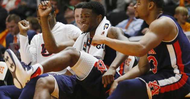 Highlights of Auburn's 94-84 Win Over Tennessee