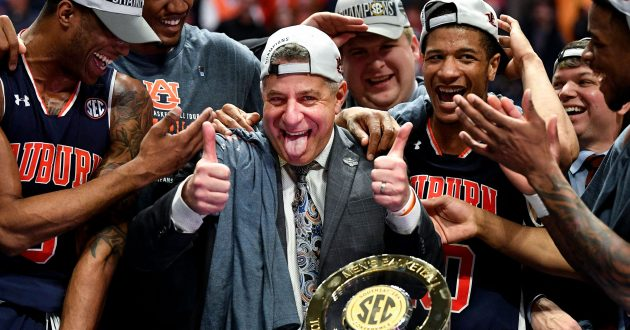 Highlights of Auburn's 84-64 Win Over Tennessee